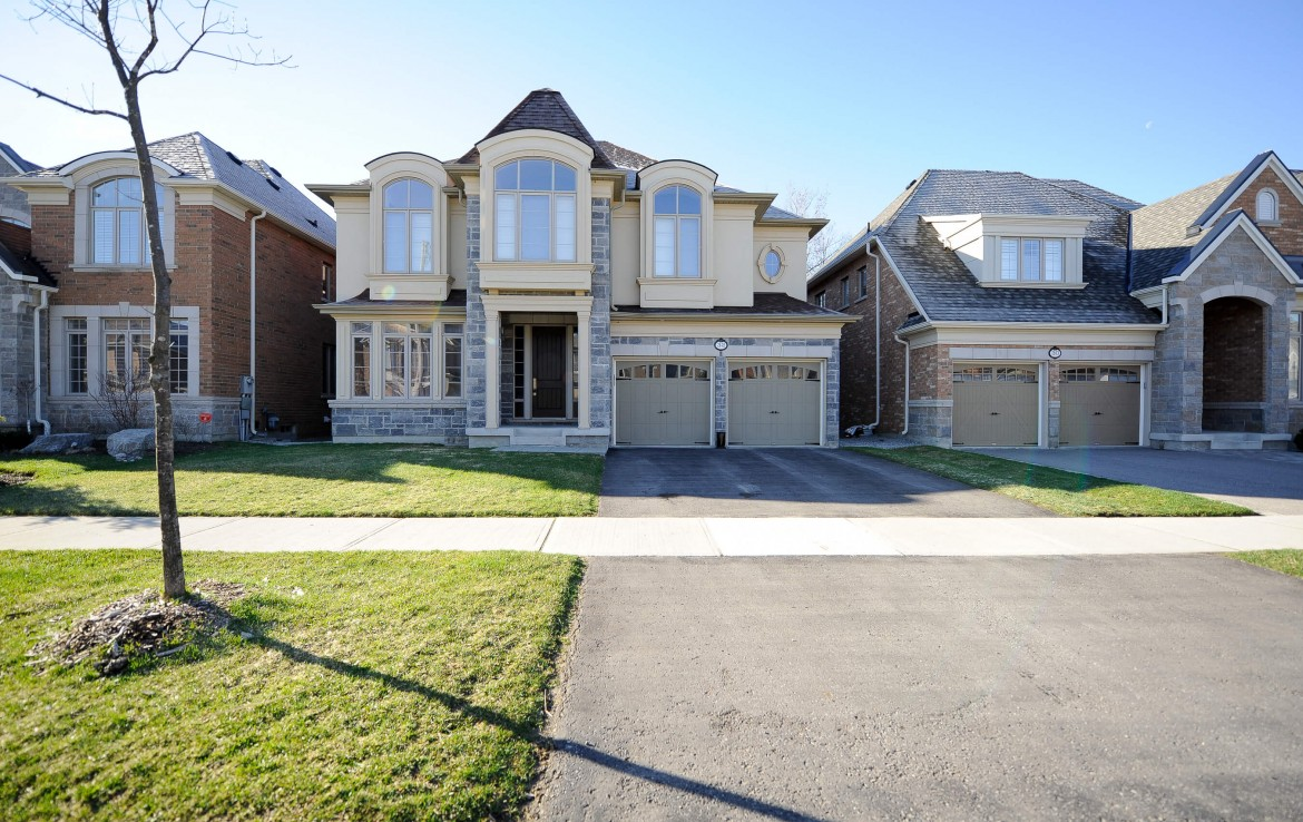 32 Pheasant Dr Richmond Hill