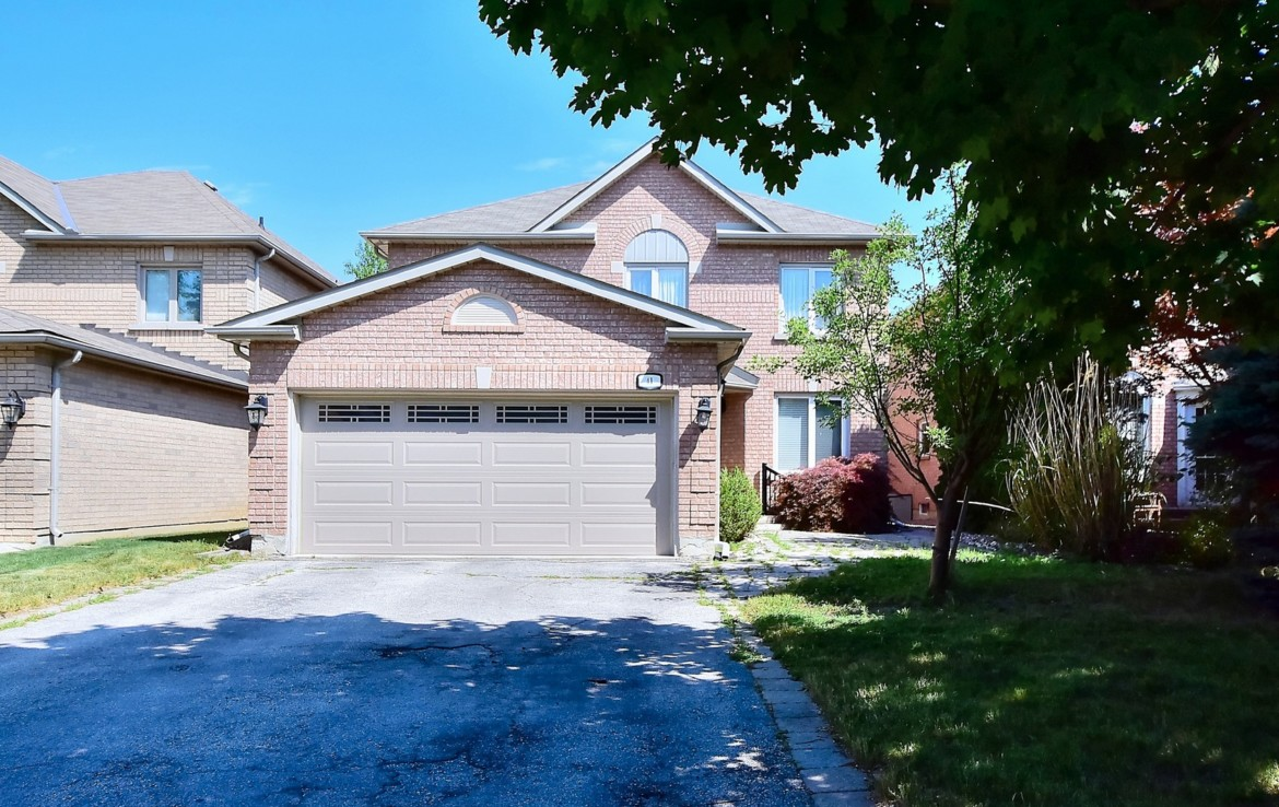 Vaughan Crestwood-Springfarm, Beautifully Maintained House