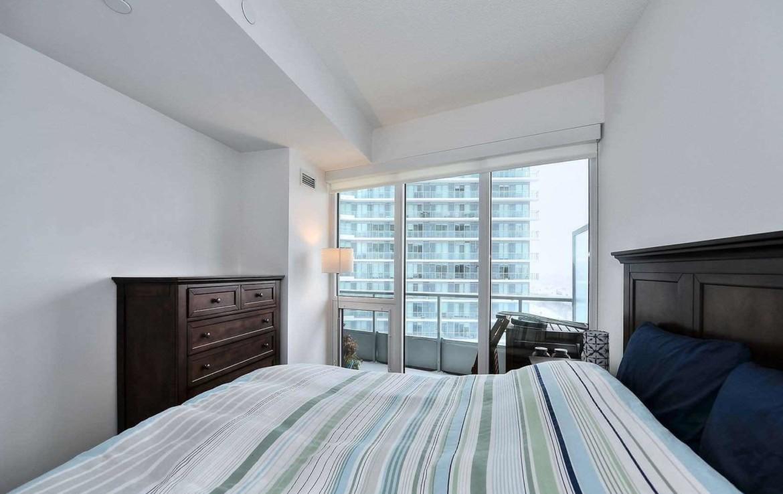 Luxurious Condo Room