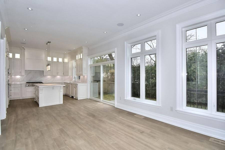 Brand New Luxurious Family Home